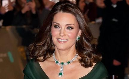 75f621663 Kate Middleton walks the Bafta's Red Carpet in deep green gown