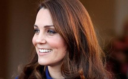 ce6f2f442 Pregnant Kate Middleton gets a henna tattoo   WHO Magazine