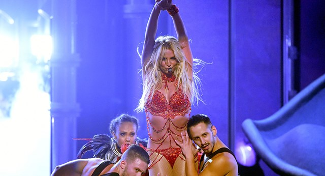 Britney Spears wows the Billboard Music Awards with risqué performance
