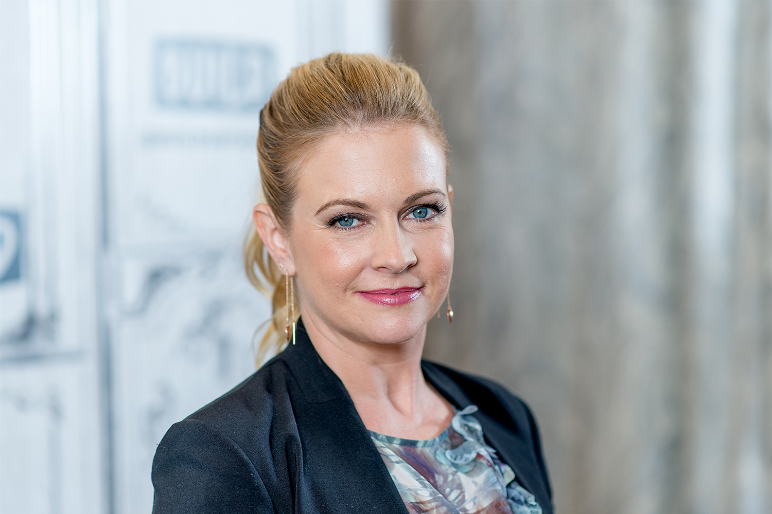 Melissa Joan Hart Says She Wouldnt Want To Touch A Sabrina