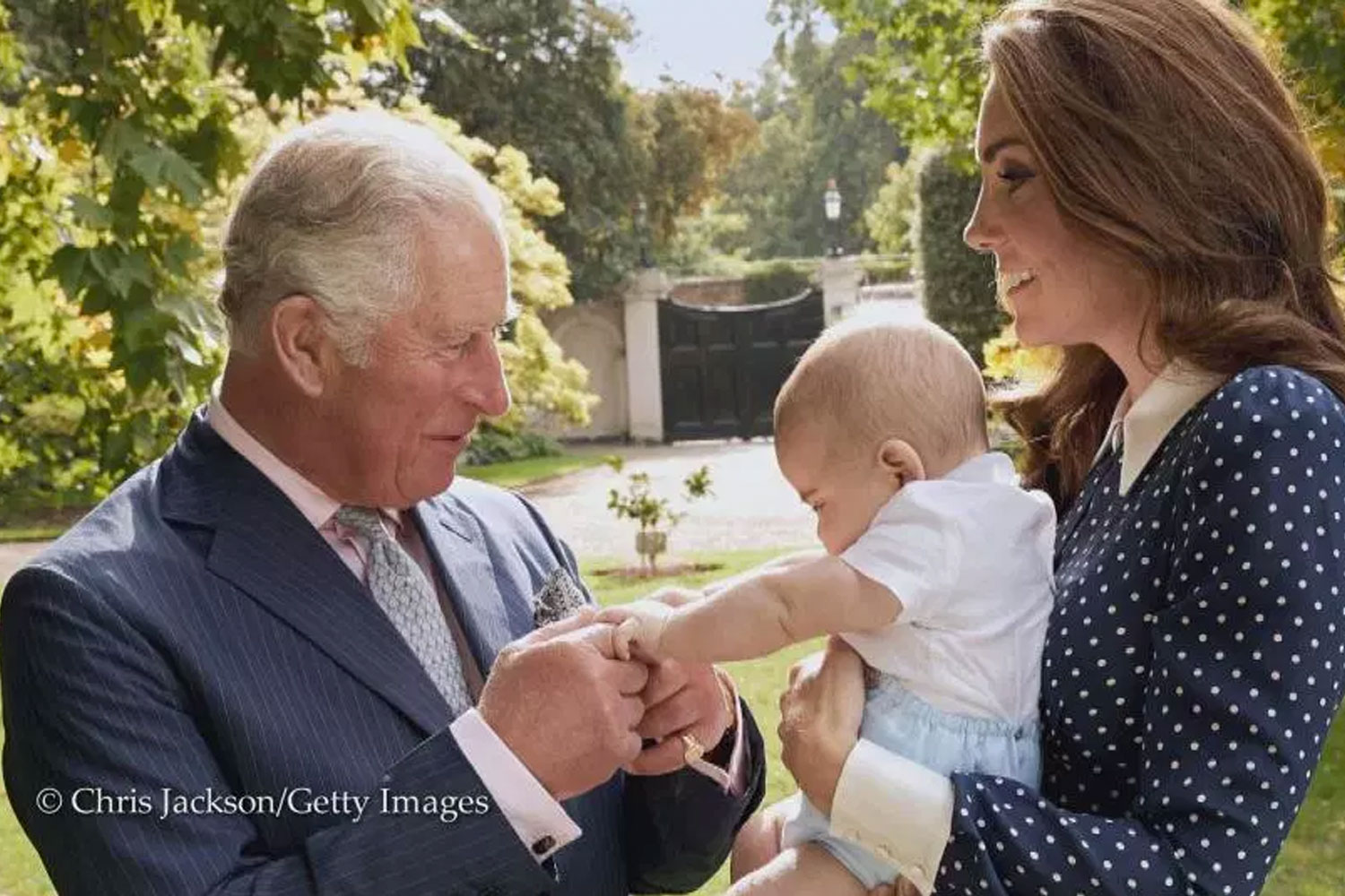 e308fdd3d3ef There is a new photo of Prince Charles with Prince Louis