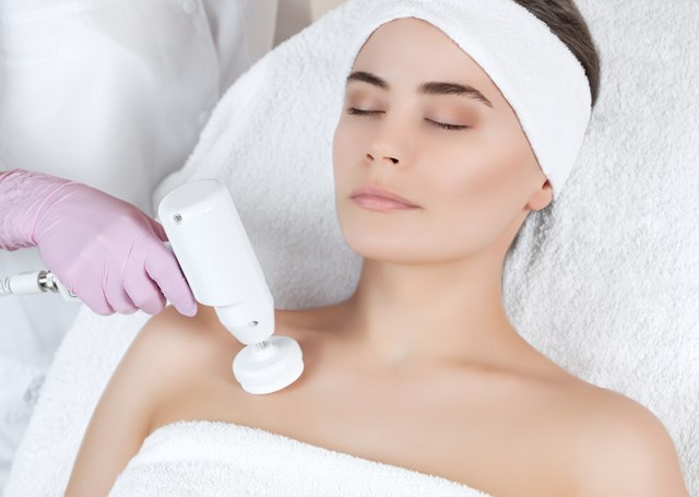 Decolletage: Treatment for Wrinkles, Redness & Sun Damage