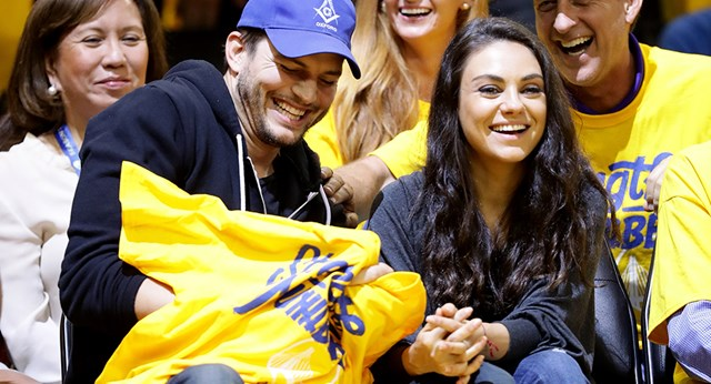 Ashton Kutcher And Mila Kunis Share Basketball Date