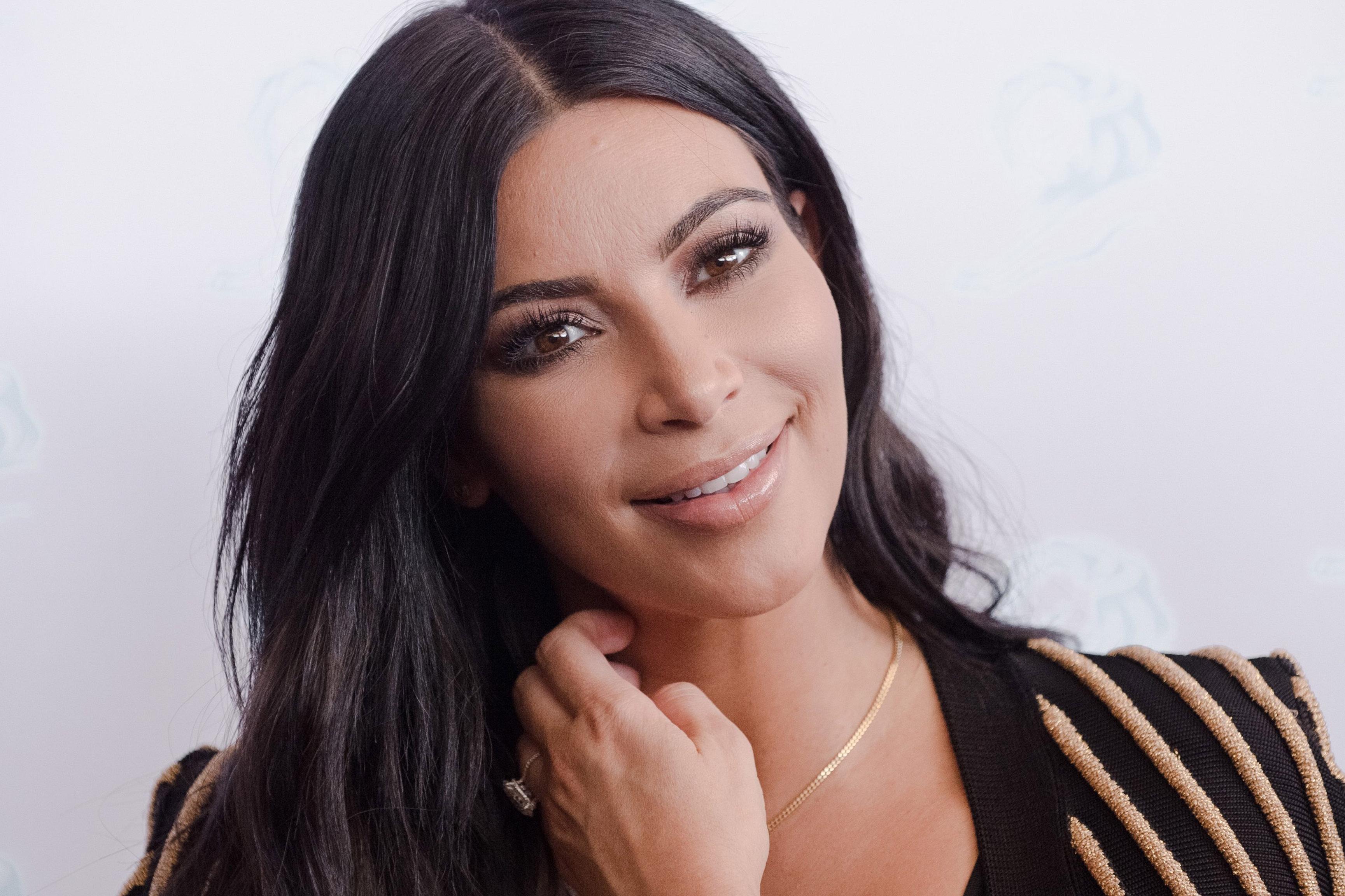 Kim Kardashian 1999
