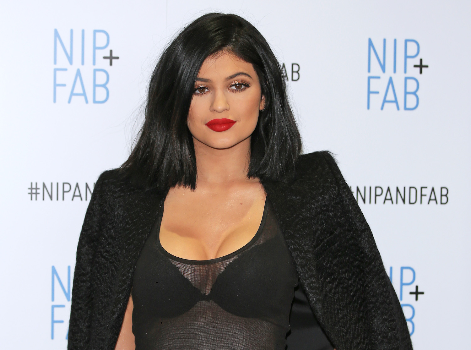 ff0b8a7059f Kylie Jenner Boob Job  The Truth About Her Breasts