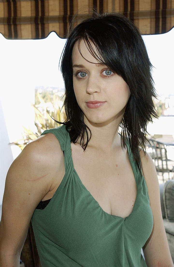 Katy Perry Hair Colour Haircut Timeline Who Magazine