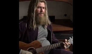 Chris Hemsworth plays Fat Thor and sings Johnny Cash's 'Hurt'