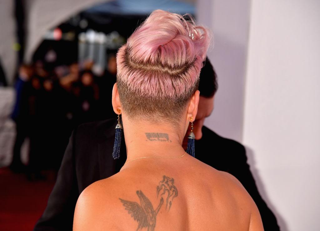 Undercut Women Best Undercut Hairstyles For Girls