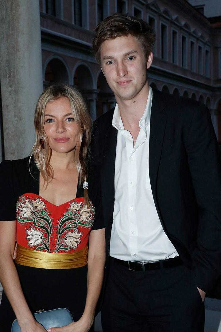 Sienna Miller Engaged To Boyfriend Of One Year Lucas Zwirner Who Magazine