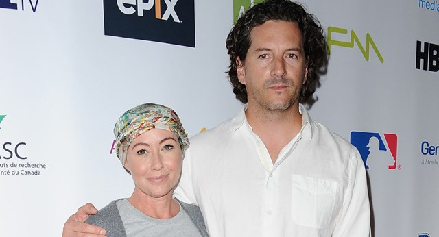 "Shannen Doherty shares candid photo from her first day of ""frightening"" radiation"