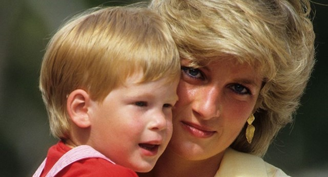 Princess Diana's intimate letters have been released