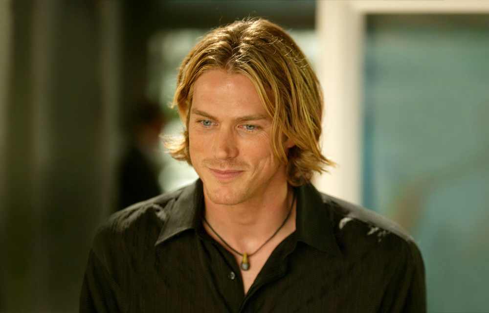 Sex the city's jason lewis answers if he's team sarah jessica parker or team kim cattrall
