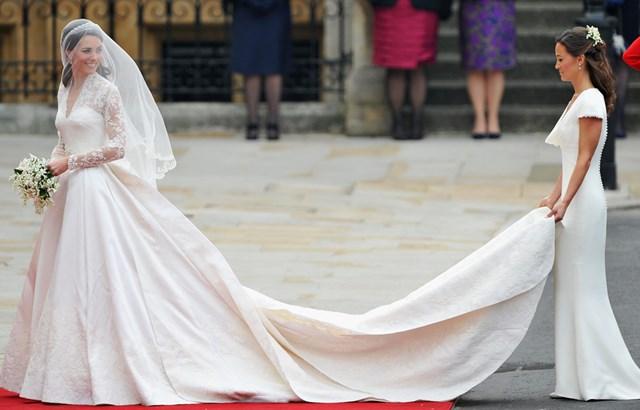 Pippa Wedding Dress.Pippa Middleton S Bridesmaid Dress Who Magazine