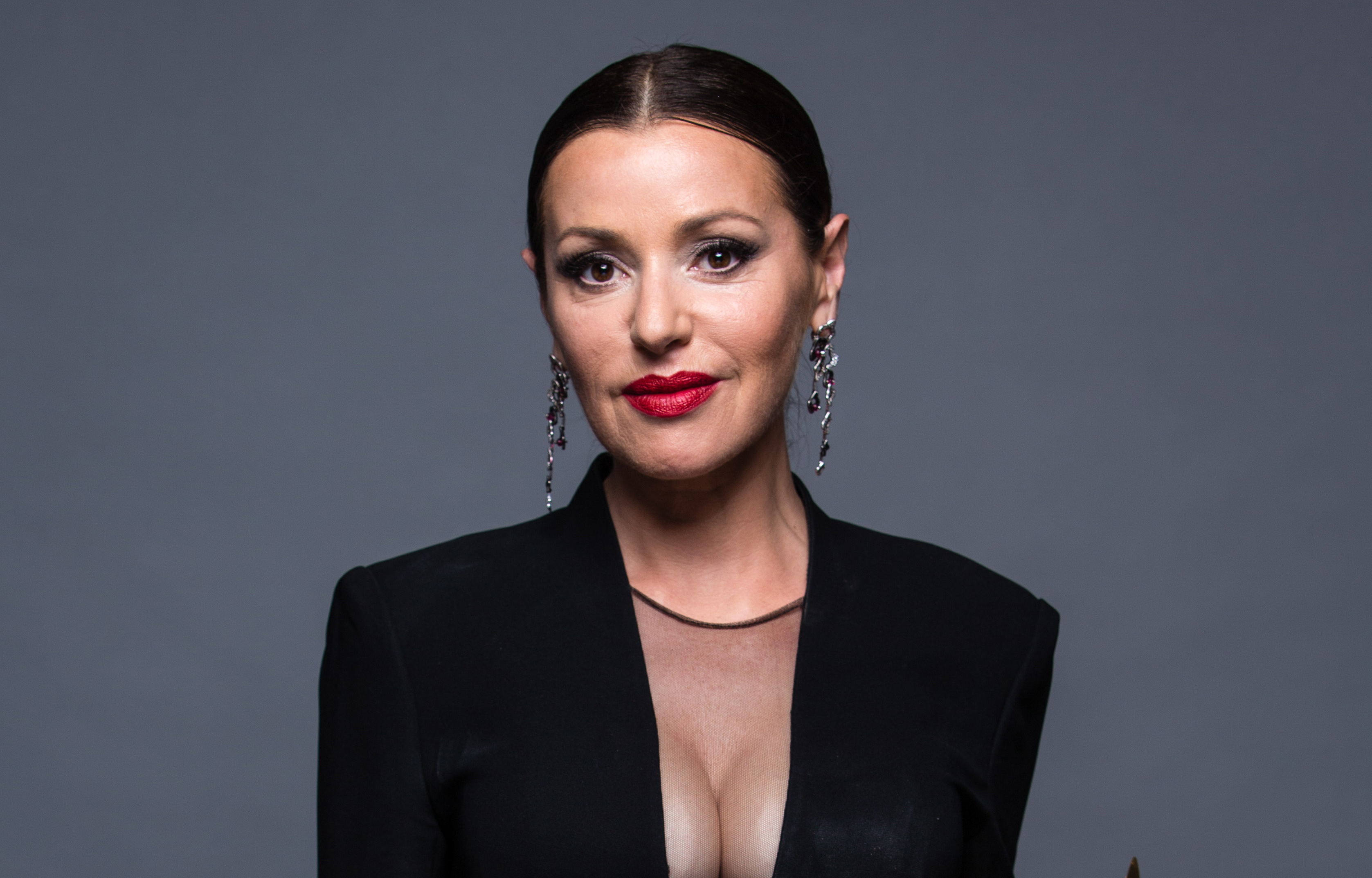 Tina Arena to release a new fragrance | WHO Magazine Emma Stone