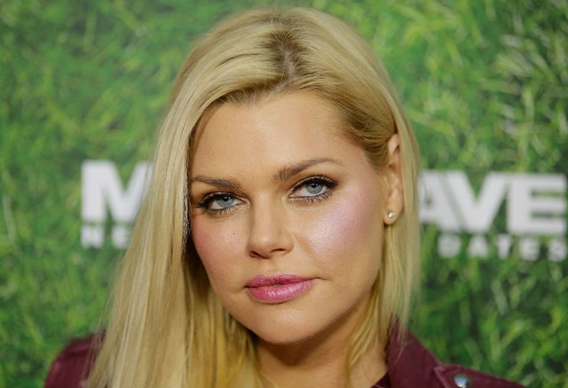 Sophie Monk breaks down on live radio after evicting James from The Bachelorette